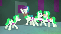 Henchponies trying to escape S4E06