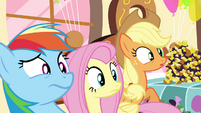 Rainbow, Fluttershy and AJ weirded out S4E18