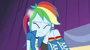 Rainbow Dash's pony ears vanish EG2