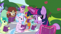 "Twilight Sparkle ""go about your day of fun"" S8E17"