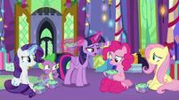 Twilight Sparkle apologizes to Pinkie MLPBGE
