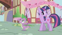 Twilight denying Spike's compliment S1E6