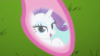1000px-Rarity sees her reflection in Pinkie Pie's hooves S3E10