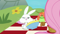 Angel Bunny with food-stuffed cheeks S8E4.png