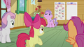 CMC offer to help Diamond change S5E18.png