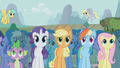 Crowd gathers around stage S1E06.png