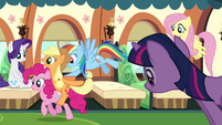 Rainbow Dash pushes Applejack and Pinkie Pie S3E12