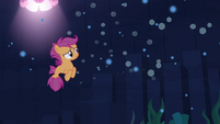 Scootaloo left all alone S8E6
