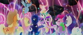 Twilight Sparkle and princesses in a group hug MLPTM