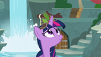 Twilight wearing a crown of twigs and leaves S9E26