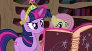 201px-Twilight opens Star Swirl's book S03E13