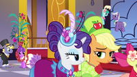 AJ and Rarity enter the Gala S5E7