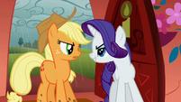 Applejack and Rarity arguing S01E08