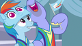 Bow Hothoof waving a Rainbow Dash pennant S7E7.png