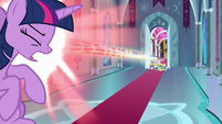 Cozy Glow blasts Twilight with magic S9E24