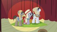 Earth ponies S2E11