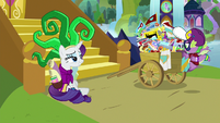Rarity and Spike return from Power Ponypalooza S9E19