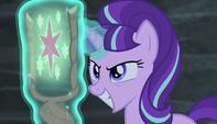 Starlight orgullosa de haber tomado la Cutie Mark de Twilight EMC-P1