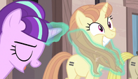 Starlight using magic on mare's mane S5E1