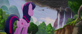 Twilight Sparkle looking up at Canterlot MLPTM