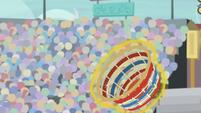 Wind Sprint's buckball lands in bucket S9E6