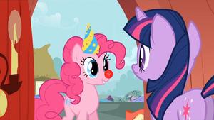 830px-Pinkie invites Twilight