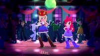 Applejack and Apple Bloom in the spotlight SS3