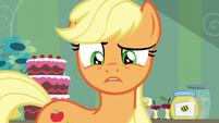 Applejack freaked out by Apple Bloom's cutie mark S5E4