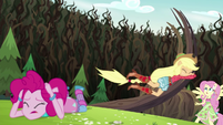Applejack wrestling with the bramble vines EG4