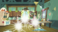 Discord, Spike, and Mac vanish from kitchen S8E10