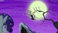 Flutterbat hovering in the moonlight S5E21.png