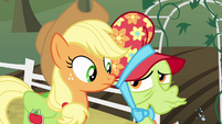 Granny Smith dismissive raspberry S4E09