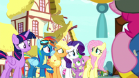Main ponies and Spike look at Fluttershy S8E18