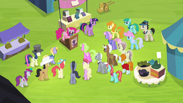 File:Pinkie addressing crowd of ponies S4E22.png