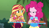 Sunset and Pinkie with trays of sweet food CYOE11c