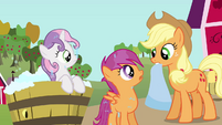 Sweetie Belle and Scootaloo sees Applejack S3E04