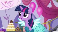 Twilight -Rarity's Royal Regalia is amazing!- S5E14