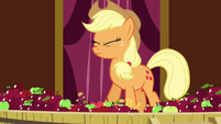 Applejack crushing the apples with her hoof S3E05