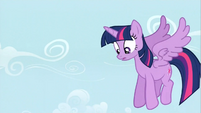 Confused Twilight in the air S4E21