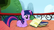 S01E04 Mała Twilight uczy się