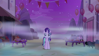 Starlight Glimmer entering Our Town of dreams S6E25