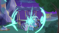 Starlight and Trixie teleport back to Trixie's wagon S6E25