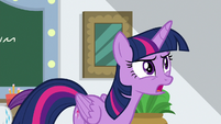 "Twilight ""they tried to con the Apples"" S8E16"