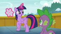 Twilight --Shining Armor's a father!-- S6E1