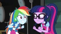 Twilight and Rainbow Dash super-excited EGS2