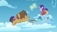 Young Rainbow and Dumb-bell racing past Twilight, Spike, and Starlight S5E26