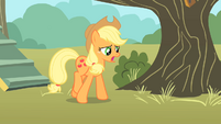 Applejack walking away from clubhouse S01E18