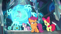 Claws reach out of the magic sphere S8E26