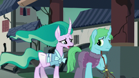 Mistmane asks a villager what happened S7E16