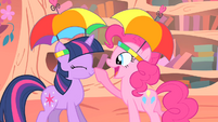 Pinkie Pie honking Twilight's nose S1E15